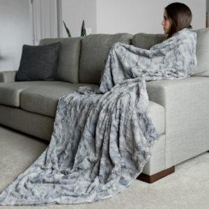 Graced Soft Oversized Throw Blanket