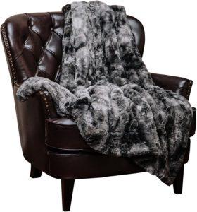 best faux fur blanket